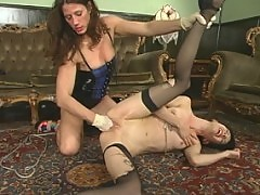 Clea Q gets trampy for Kym, carrying, H20 breath play, fingering