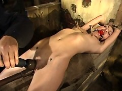 Veronica Jett hungers for bondage